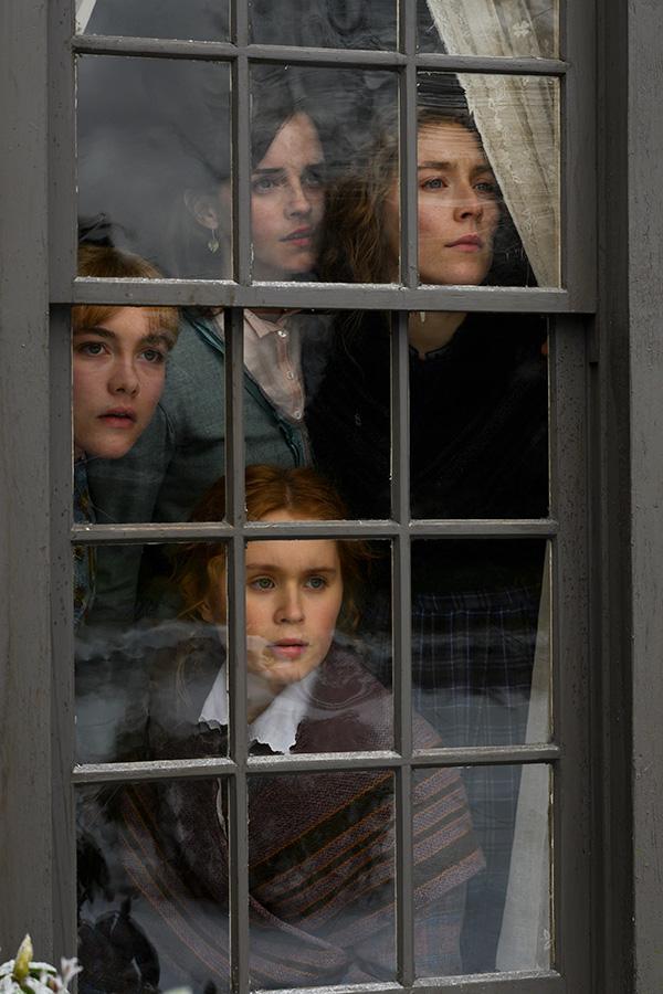 Эмма Уотсон в фильме Маленькие женщины.
