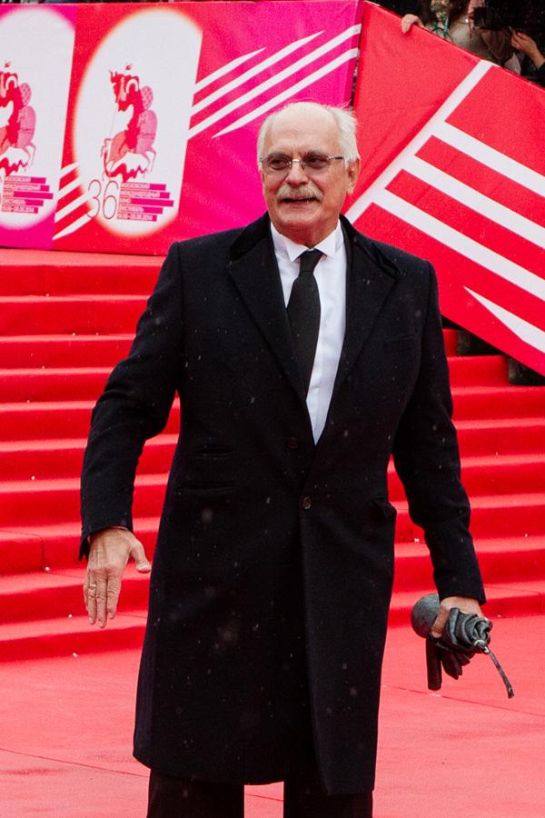 ММКФ 2020: ММКФ-2014: Красная дорожка закрытия.  фото красной дорожки © Дарья Давидова