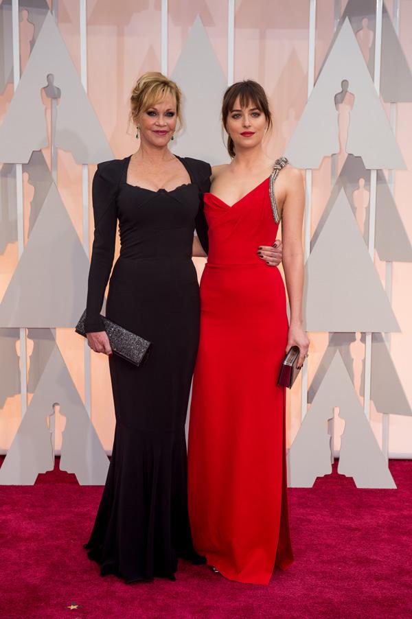 Оскар 2016: Оскар-2015, как это было.   Дакота Джонсон, Мелани Гриффит