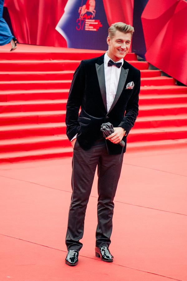 ММКФ 2020: Московский международный кинофестиваль 2015: Красная дорожка открытия.  фото © Дарья Давидова    Алексей Воробьёв