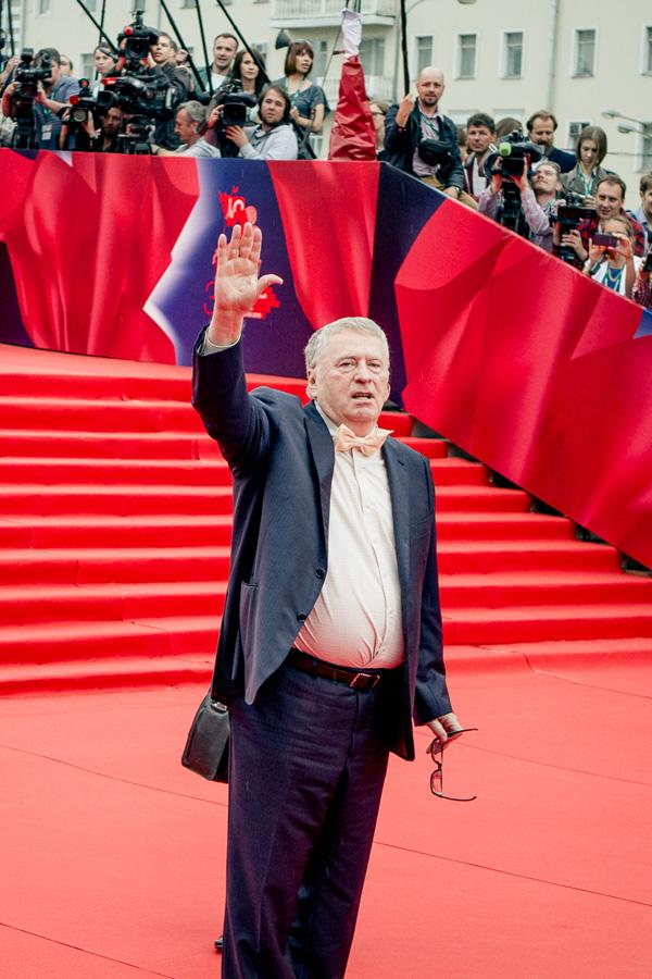 ММКФ 2020: Московский международный кинофестиваль 2015: Красная дорожка открытия.  фото © Дарья Давидова    Владимир Жириновский