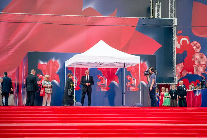 ММКФ 2020: Московский международный кинофестиваль 2015: Красная дорожка закрытия.  фото © Дарья Давидова    Никита Михалков