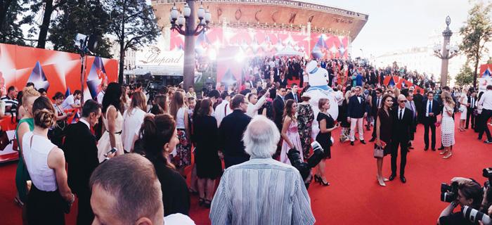 ММКФ 2016: Московский международный кинофестиваль 2016: Красная дорожка открытия