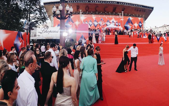 ММКФ 2016: Московский международный кинофестиваль 2016: Красная дорожка закрытия