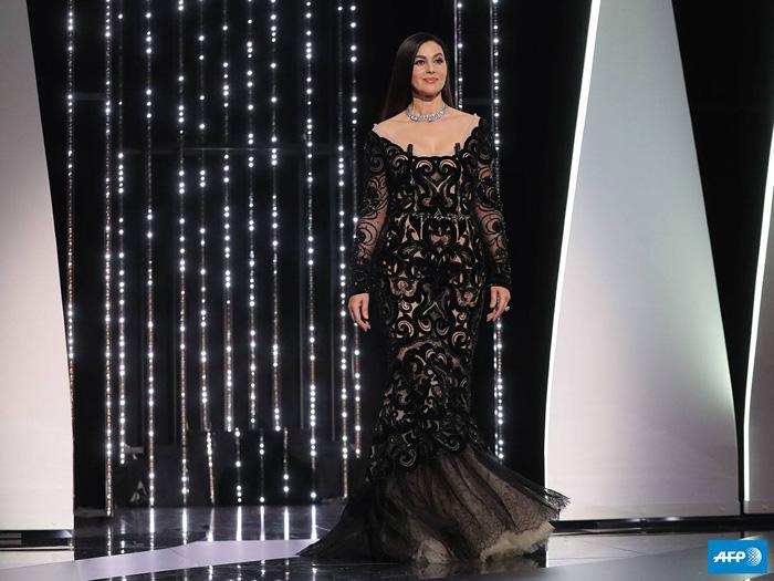 Каннский кинофестиваль: Каннcкий кинофестиваль 2017.   Моника Белуччи