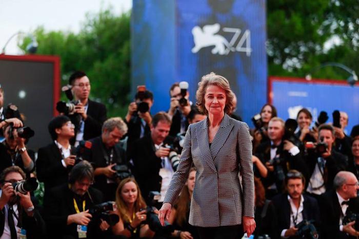 Венецианский кинофестиваль: Венецианский кинофестиваль 2017.   Шарлотта Рэмплинг
