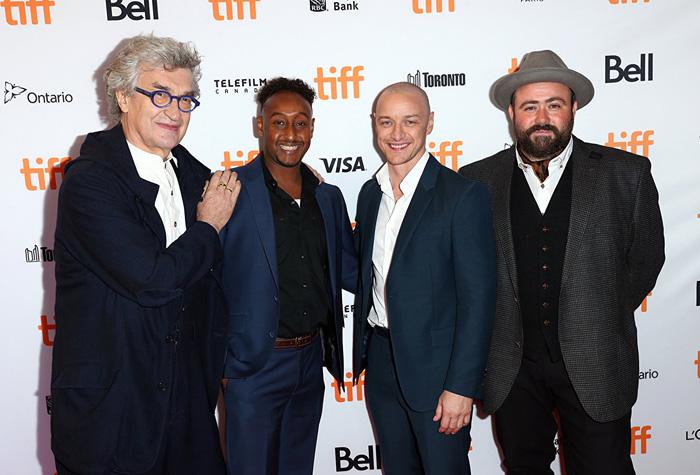 Кинофестиваль в Торонто 2017.   Вим Вендерс, Джеймс Макавой