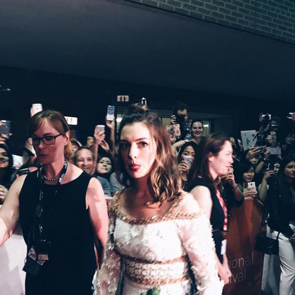 Кинофестиваль в Торонто 2017.   Энн Хэтуэй