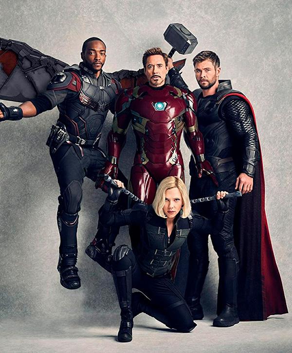 Мстители: Война бесконечности.  На фото:   Скарлетт Йоханссон  ,   Роберт Дауни-младший  ,   Крис Хемсворт  ,   Энтони Маки