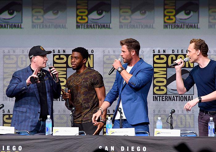 Мстители: Война бесконечности.  На фото:   Крис Хемсворт  ,   Том Хиддлстон  ,   Чедвик Боузман