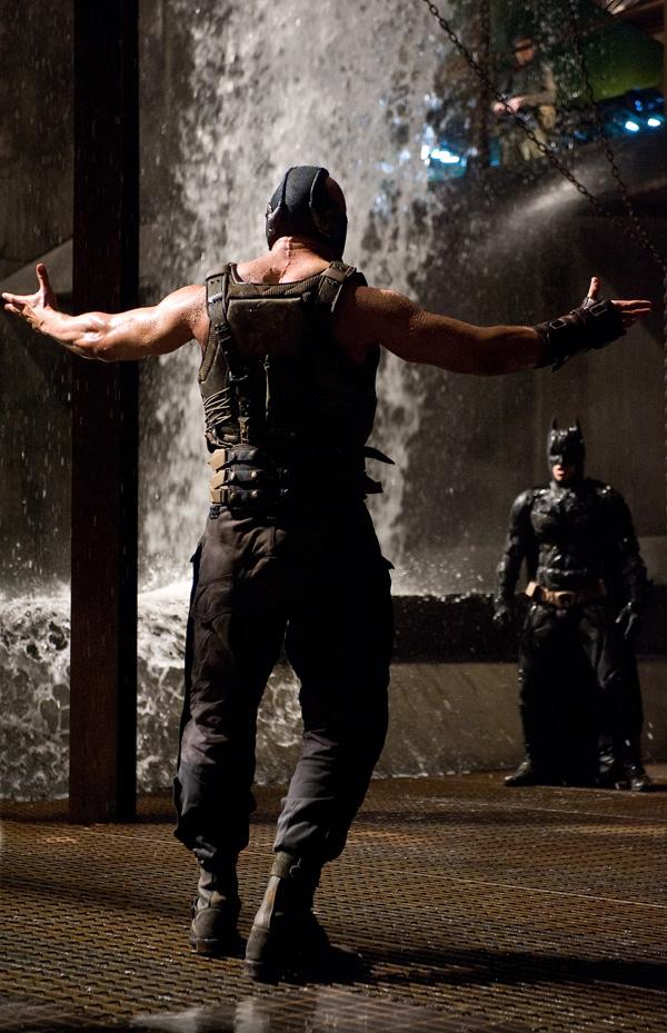 Бэтман: Тёмный рыцарь: Возрождение легенды.  На фото:   Том Харди