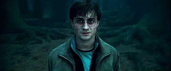 Гарри Поттер: Гарри Поттер и Дары cмерти 2.  На фото:   Дэниел Рэдклиф