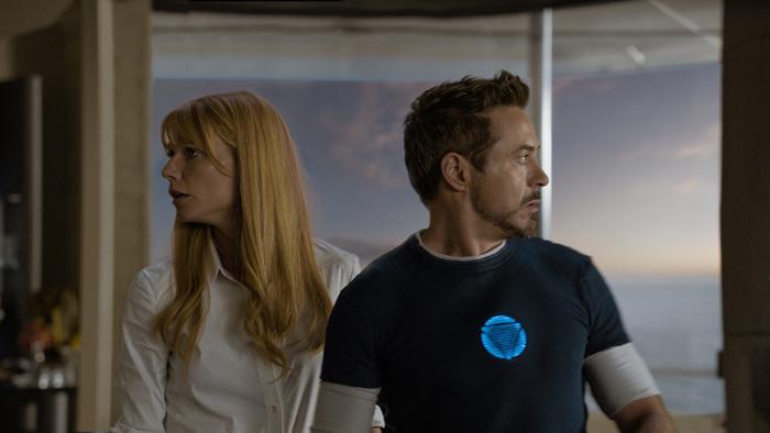 Железный человек: Железный человек 3.      На фото:   Гвинет Пэлтроу  ,   Роберт Дауни-младший