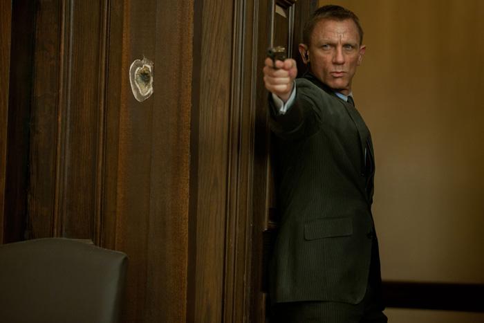 Бонд, Джеймс Бонд: 007: Координаты Скайфолл.  На фото:   Дэниел Крейг