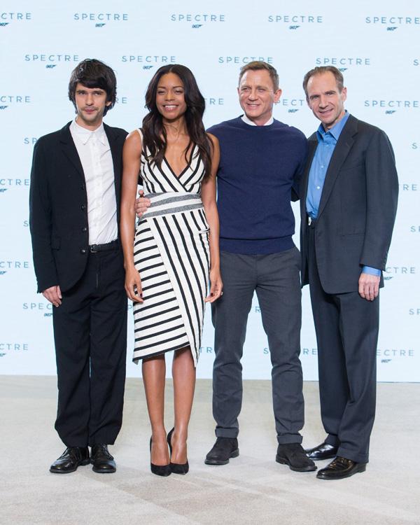 Бонд, Джеймс Бонд: 007: СПЕКТР.  На фото:   Дэниел Крейг  ,   Ральф Файнс  ,   Бен Уишоу