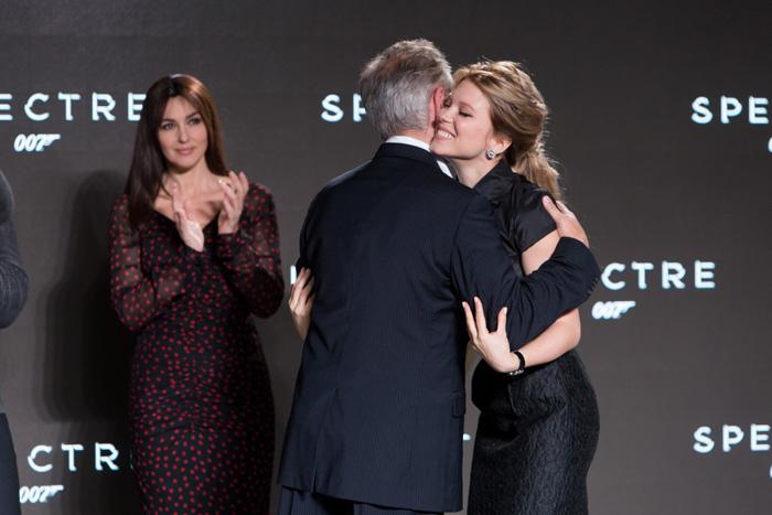 Бонд, Джеймс Бонд: 007: СПЕКТР.  На фото:   Моника Беллуччи  ,   Сэм Мендес