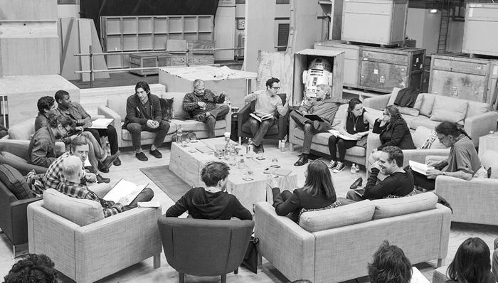 Звёздные войны: Звёздные войны: Пробуждение Силы.      На фото:   Харрисон Форд  ,   Джей-Джей Абрамс